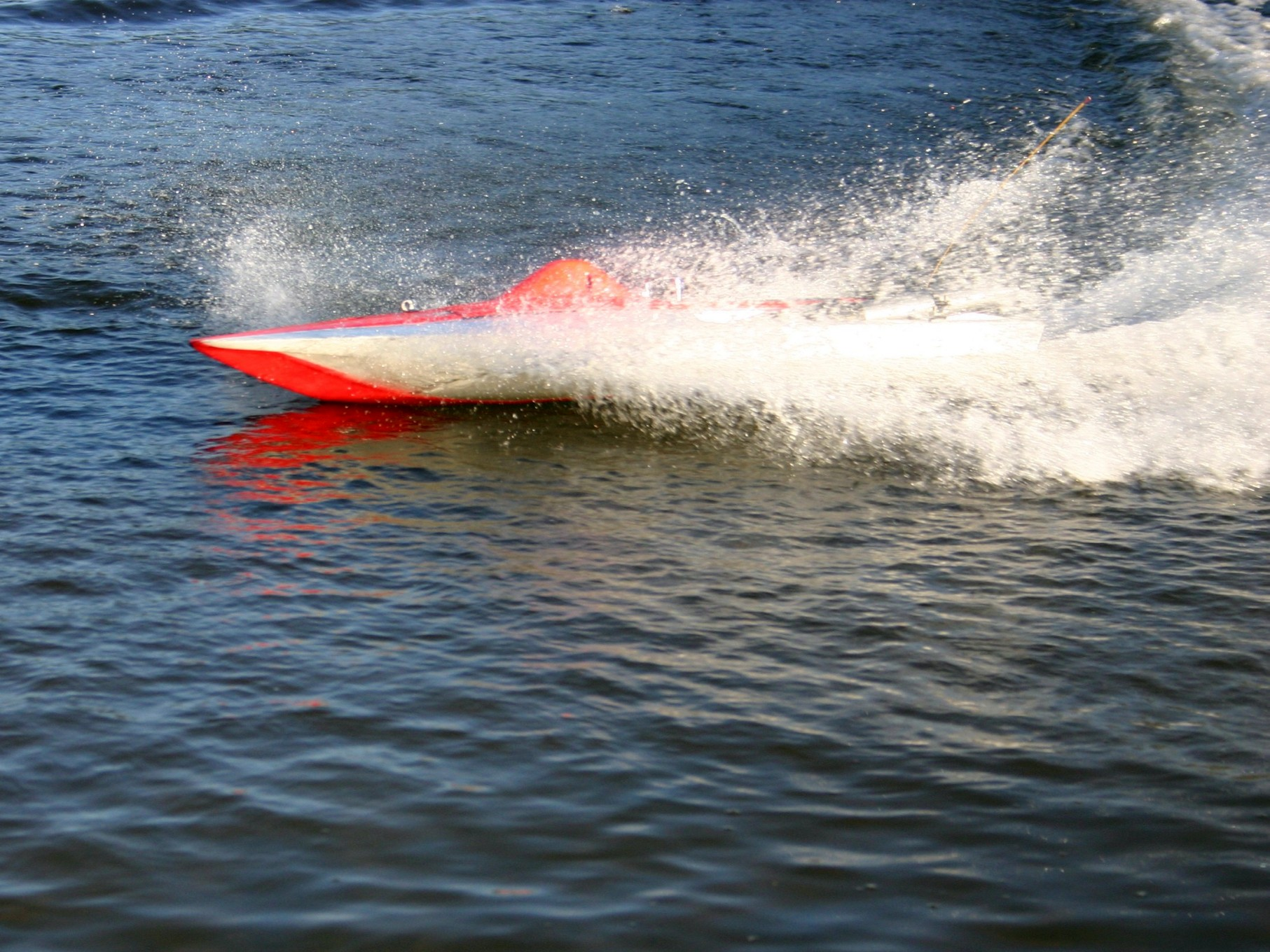 Rennboot auf dem Achterdieksee
